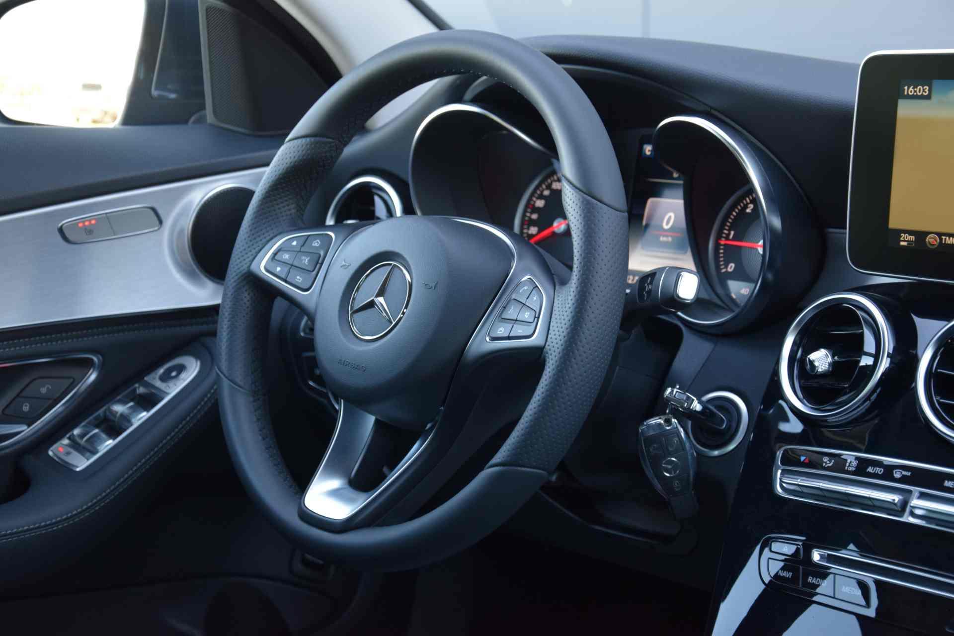 Mercedes-Benz C 220 d BlueTec AMG-Line 06/2014 – 74.000 km!!