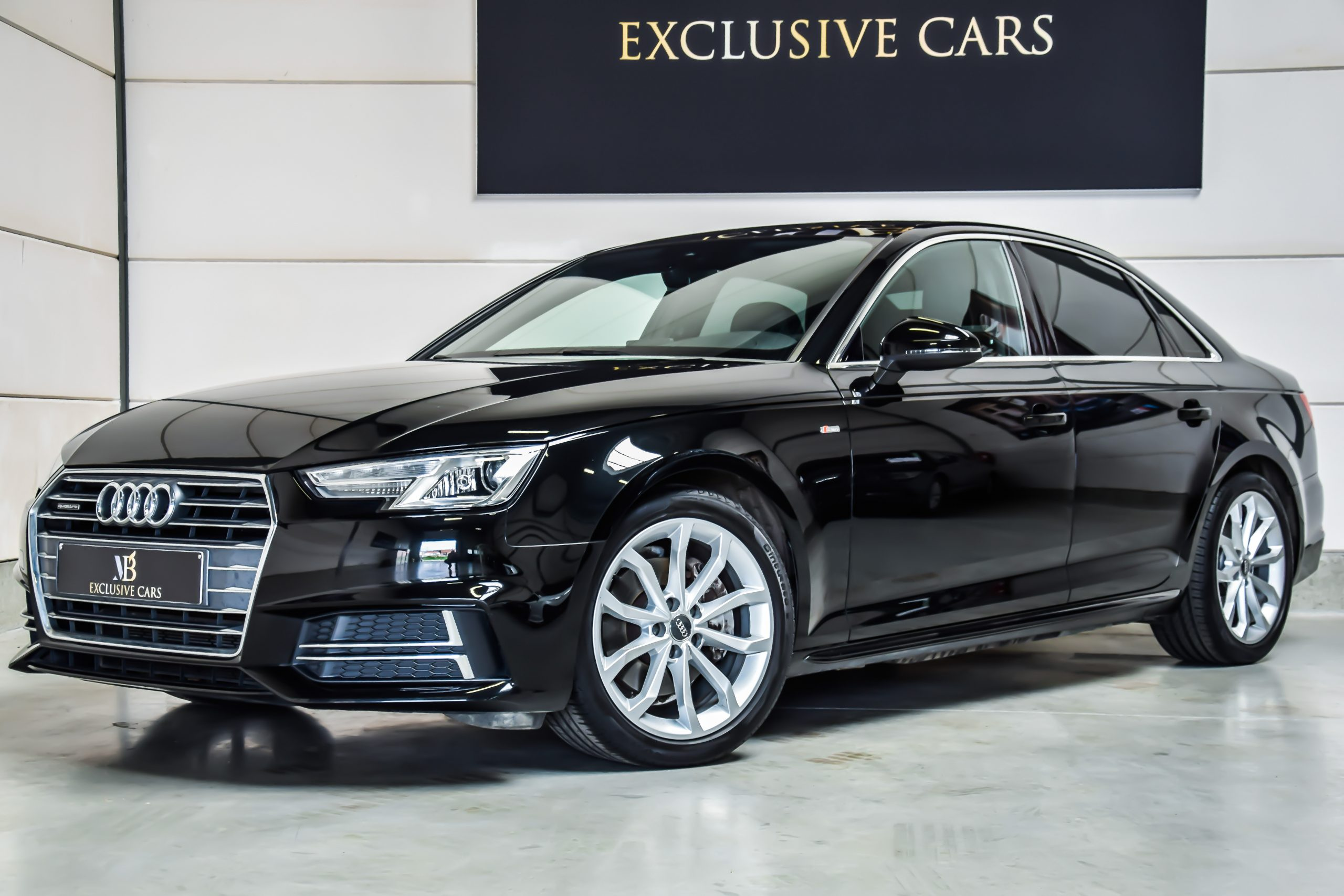 Audi A4 2.0 TDI Quattro S-Line 11/2015 – Full Option!!