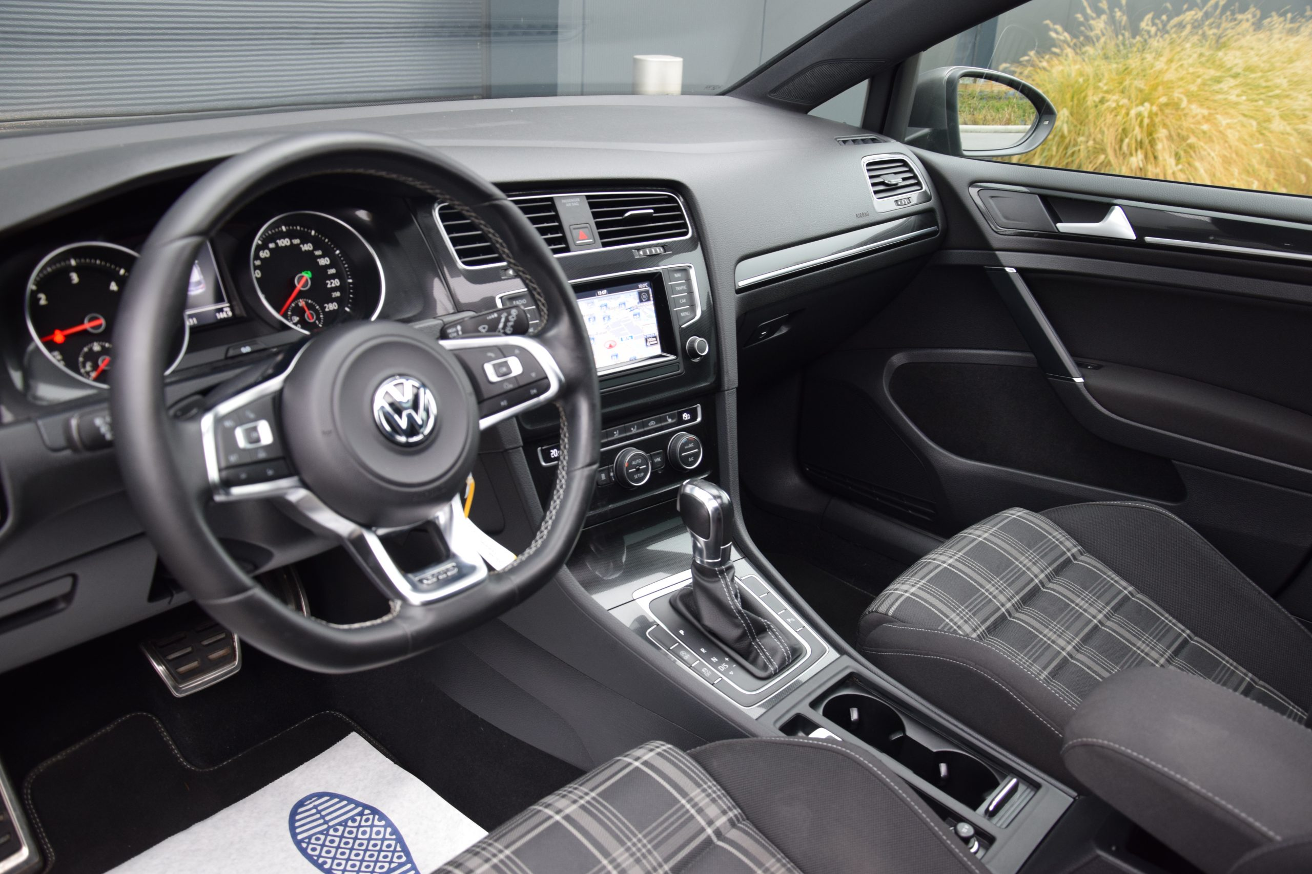 Volkswagen Golf 2.0 TDI GTD 03/2014 – Full Option!!
