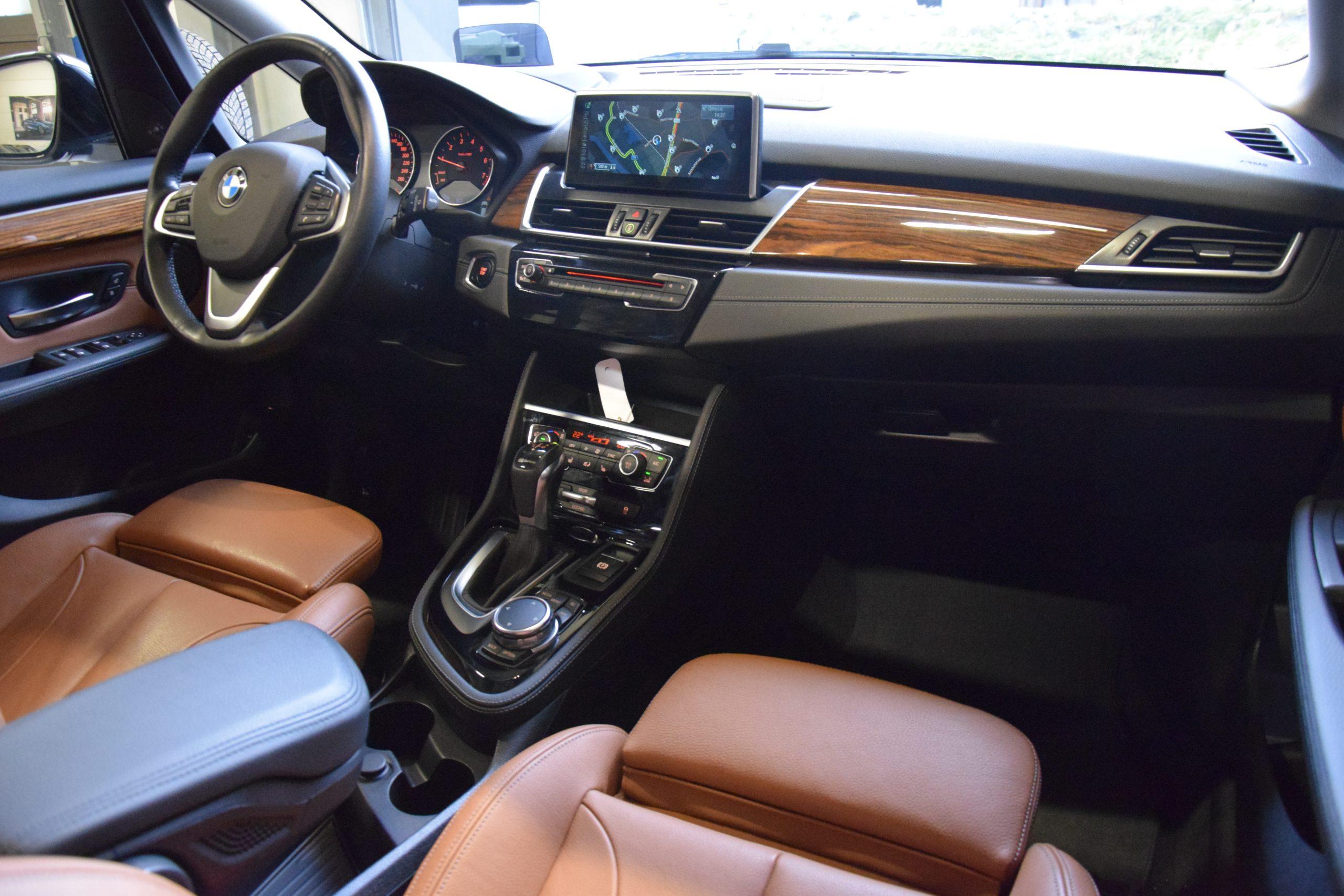 BMW 2250 Xe Active Tourer Plug-In Hybride – Full Option!!
