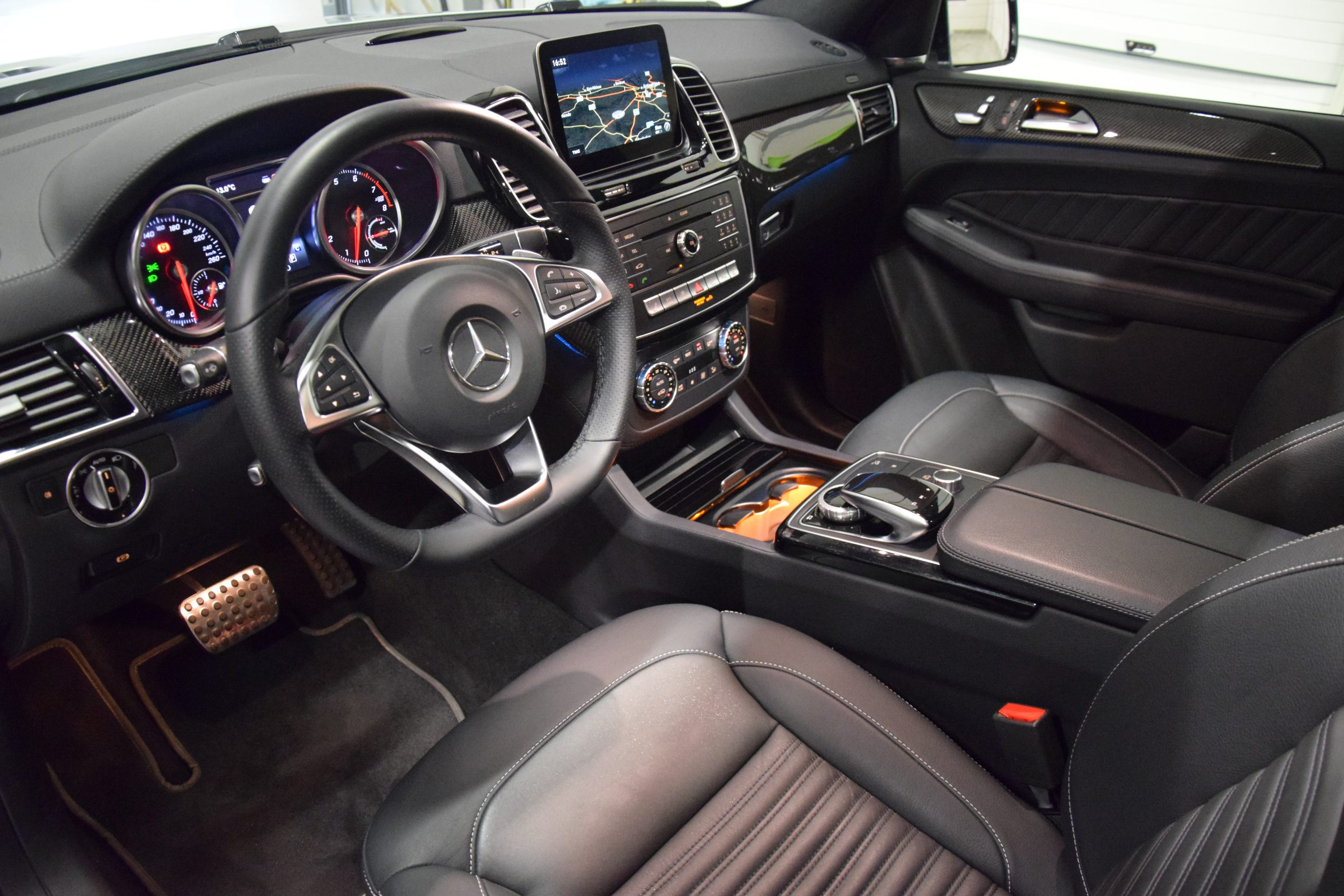 Mercedes-Benz GLE 500 e 4Matic AMG63-Pack – Full Option!!