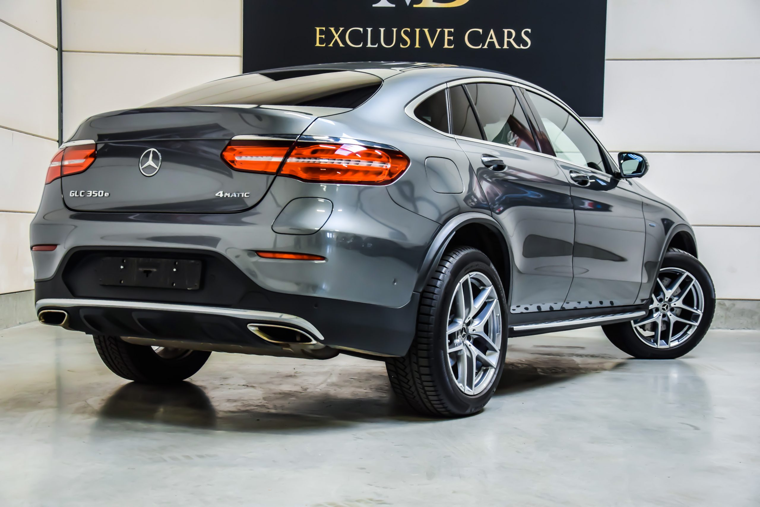 Mercedes-Benz GLC 350e AMG-Line Coupé Hybride 10/2017 – Full Option!!
