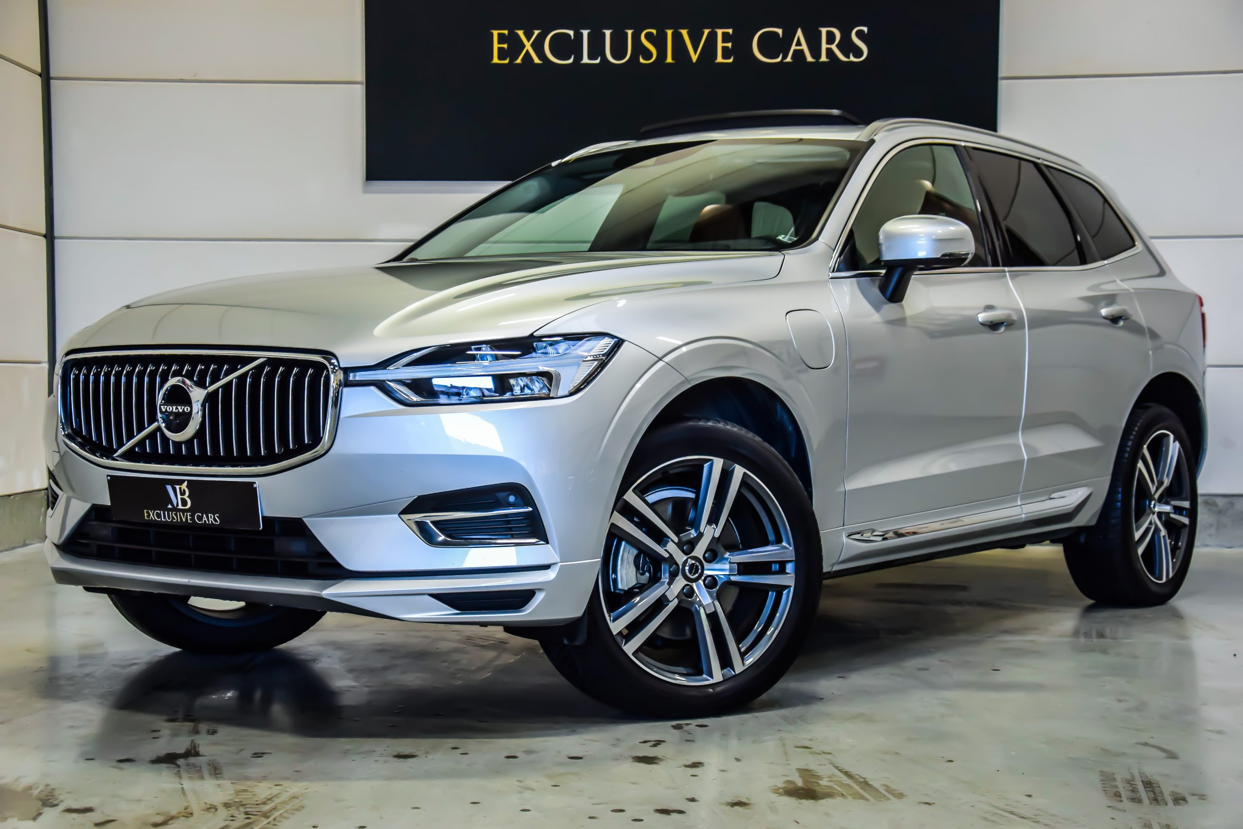 Volvo XC60 2.0 T8 Plug-In Hybride Inscription 05/2018 – Full Option!!