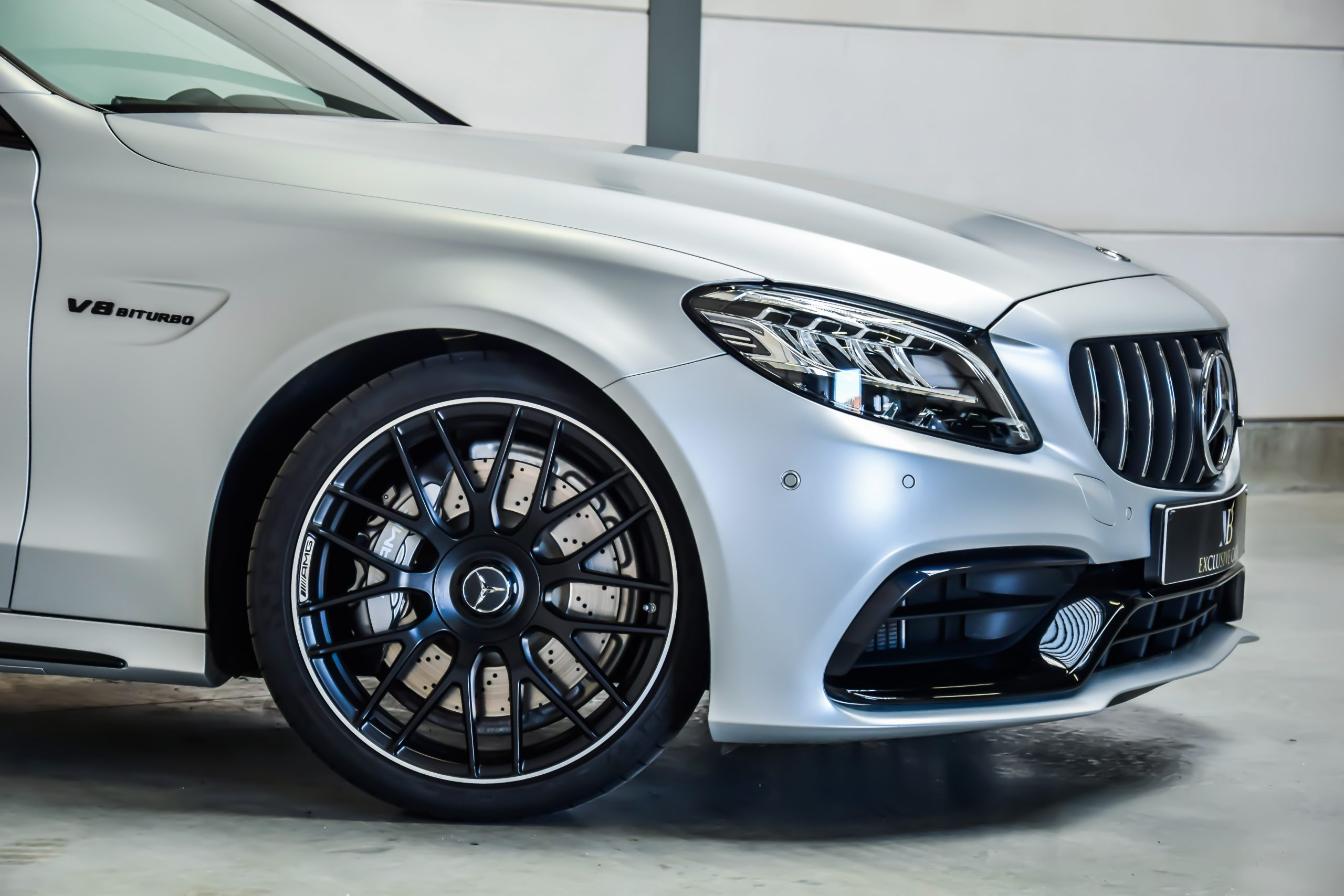 Mercedes-Benz C63 AMG 11/2019 – Frozen Silver – Full Option!!