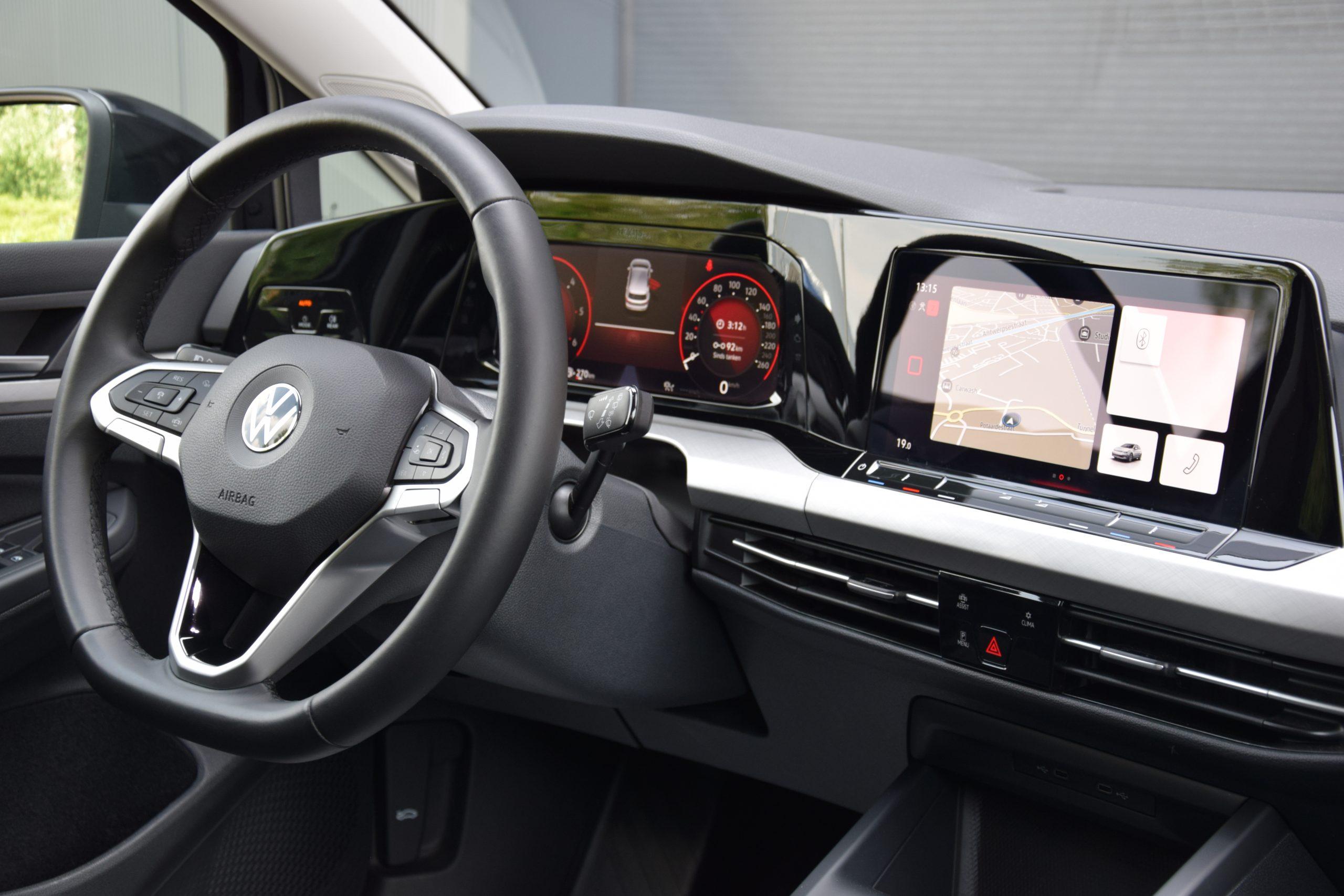 Volkswagen Golf 2.0 SCR TDi DSG 04/2021 – 7.000 km!!